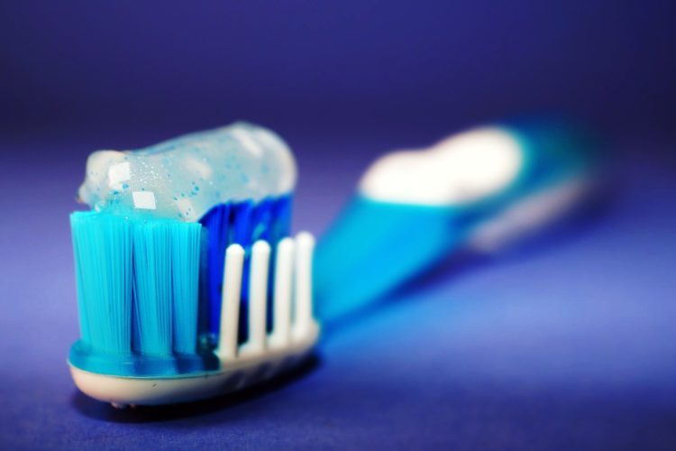 Claves para un correcto cepillado dental - Clínica dental en Sevilla